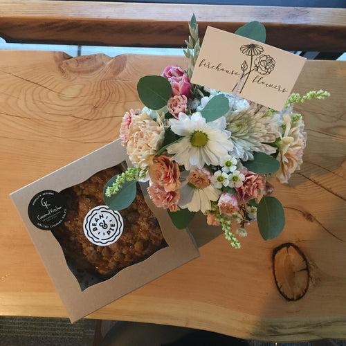 Mini Bouquet + Mini Pie