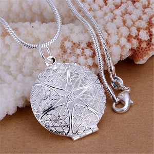 New Free shipping Special  silver plated  necklaces  fashion aesthetic Women  Network  flower necklace