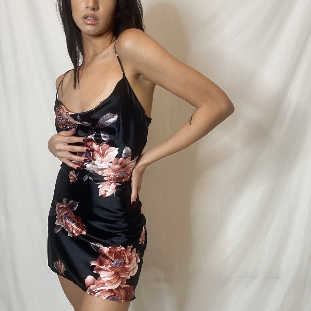 """roberta"" short satin dress"