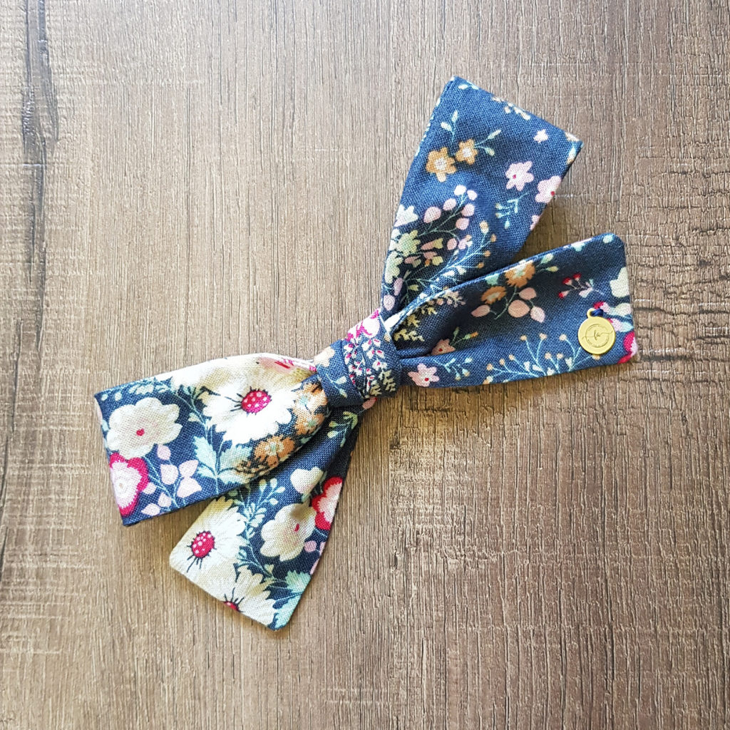 Large Hand Tied Bow in Slate Floral