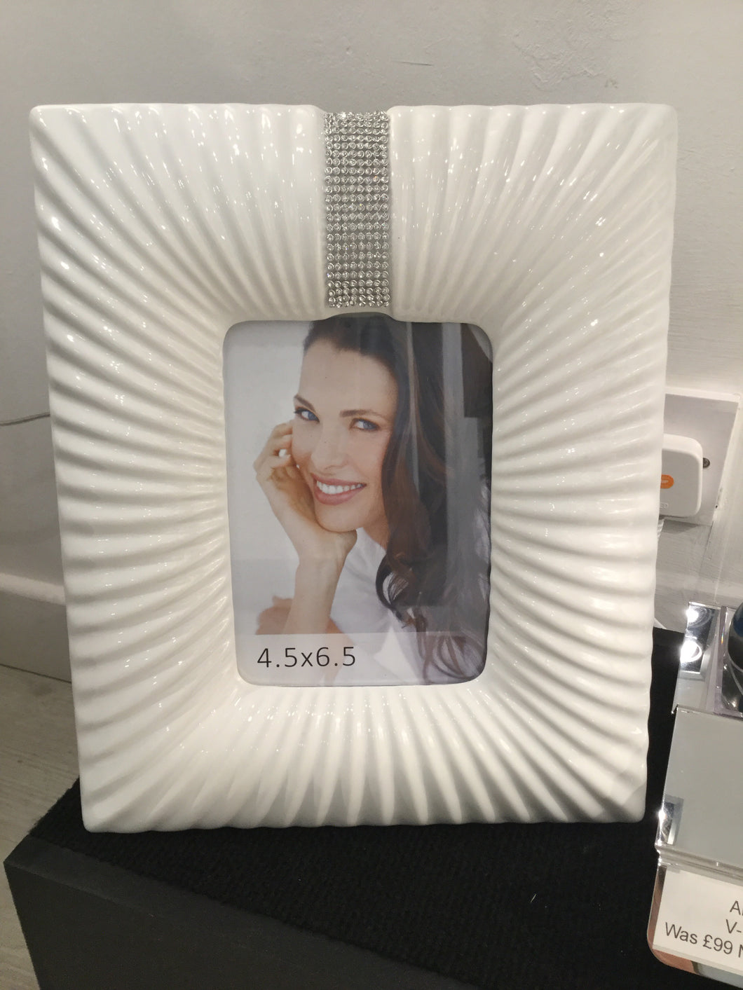 White Glaze and Silver Gem Photo Frame (4.5'x6.5') by CIMC