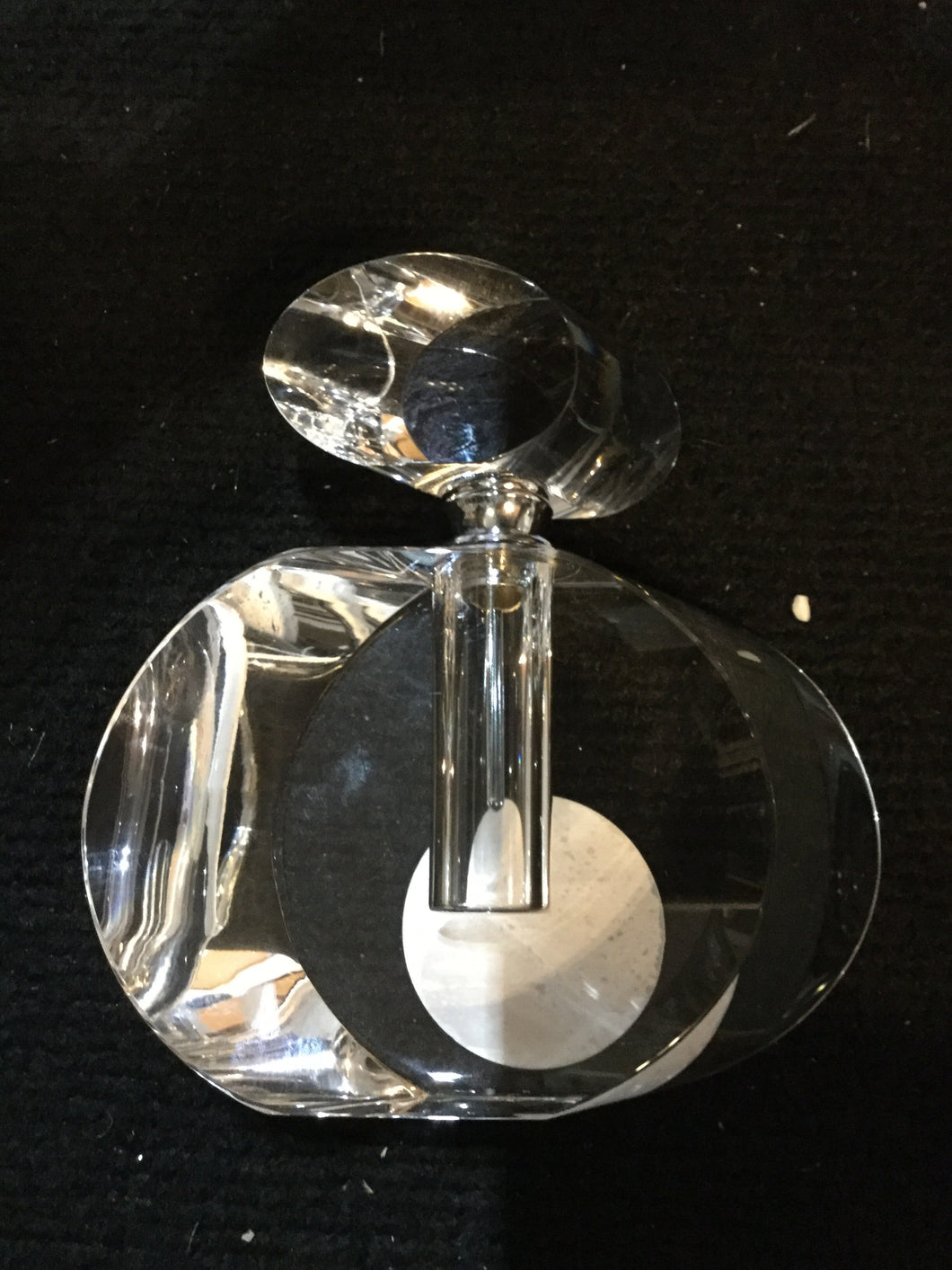 Large Oval Crystal Perfume Bottle by CIMC
