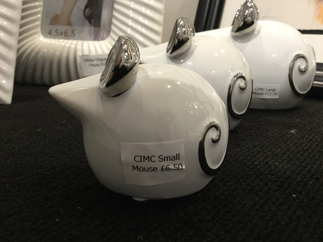 White Ceramic Small Mouse by CIMC