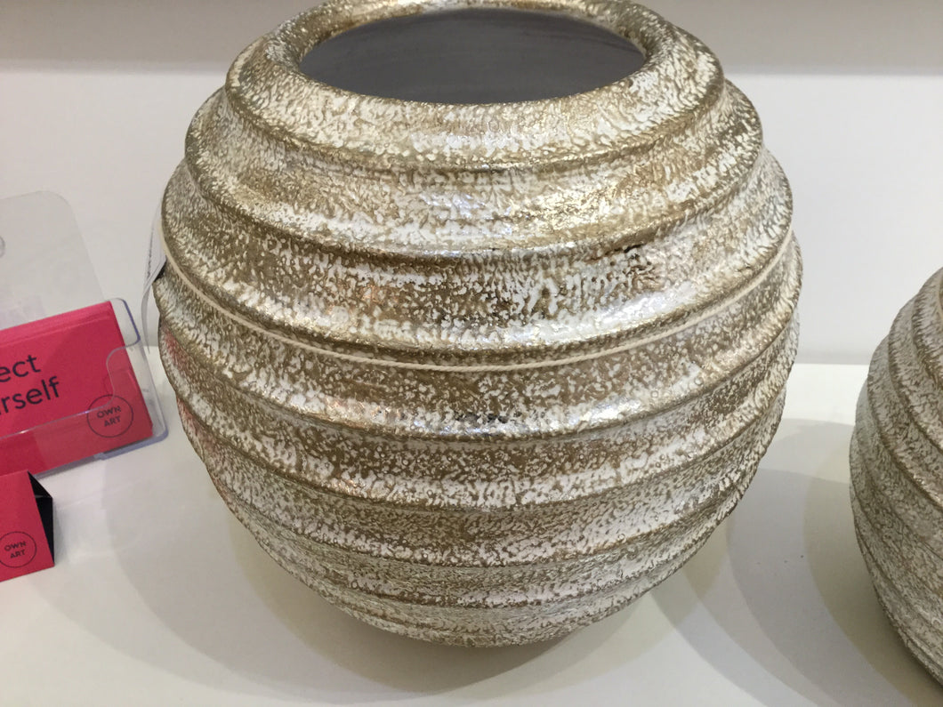 Champagne Round Ribbed Large Pot by Wilde Java