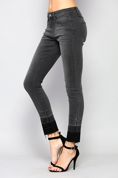 LOST IN JAPAN Black-Washed Jeans