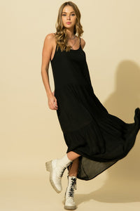 ON THE RUN Black Maxi Dress