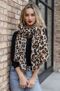 HELLO WORLD Leopard Scarf