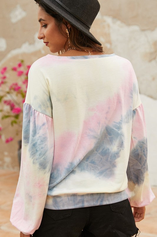 HANGING BY A MOMENT Tie-dye Top