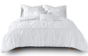 Charming White Duvet Set