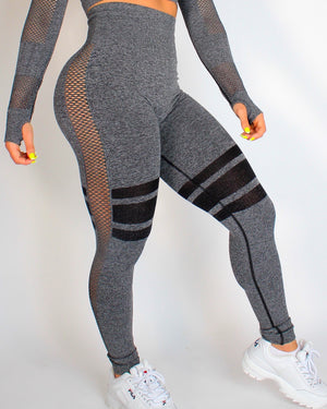 TRAX SEAMLESS LEGGINGS - BLACK
