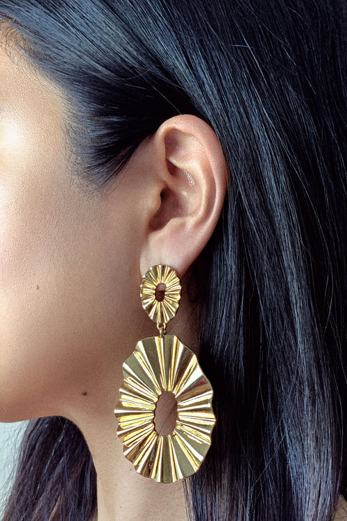 Fanned Out Earrings - ShopLuvB