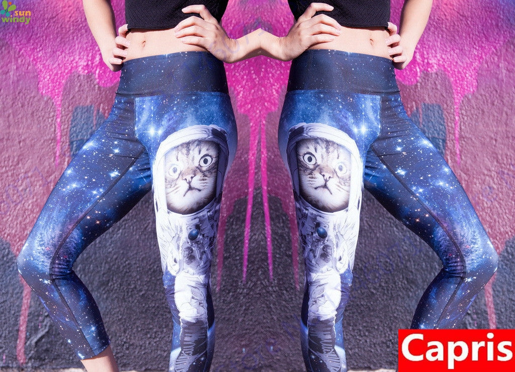 Astronaut Kitty Cropped Yoga Pants