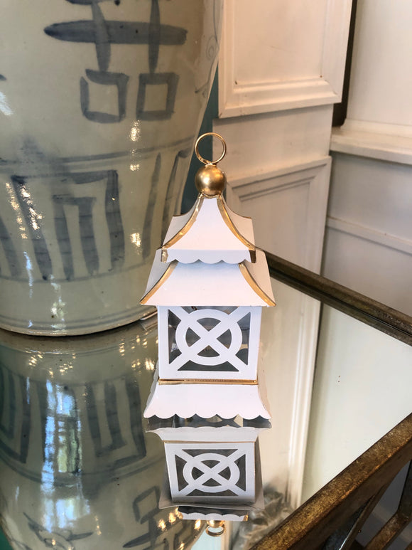 Pagoda Place Card Holder / Ornament