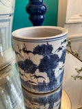Blue and white brush pot- small