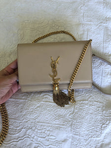 Saint Laurent Kate Wallet On Chain - Nude