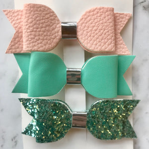 Mermaid glitter bow set- Aqua.