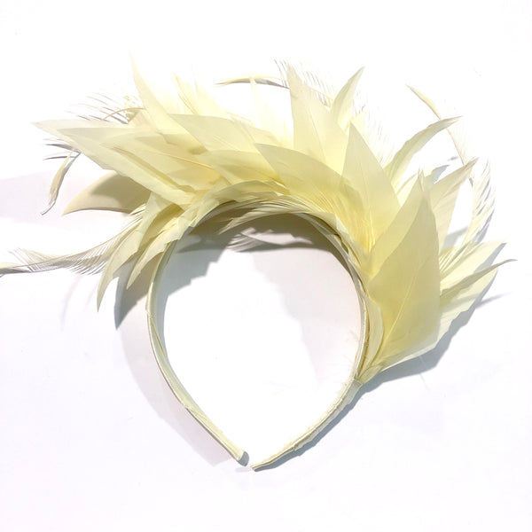 Cream feather crown.