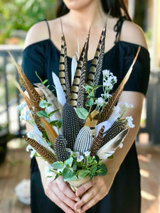 Nova - Natural feather bouquet.