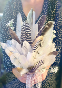 Savannah - feather bouquet.