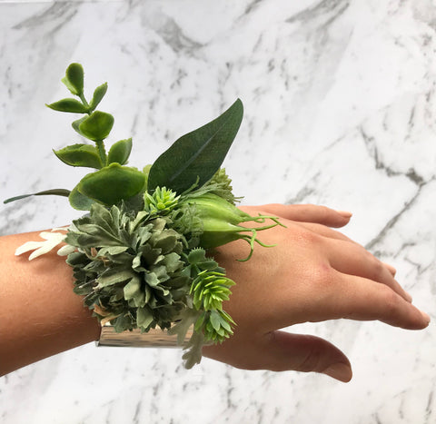 Willow - Floral cuff.