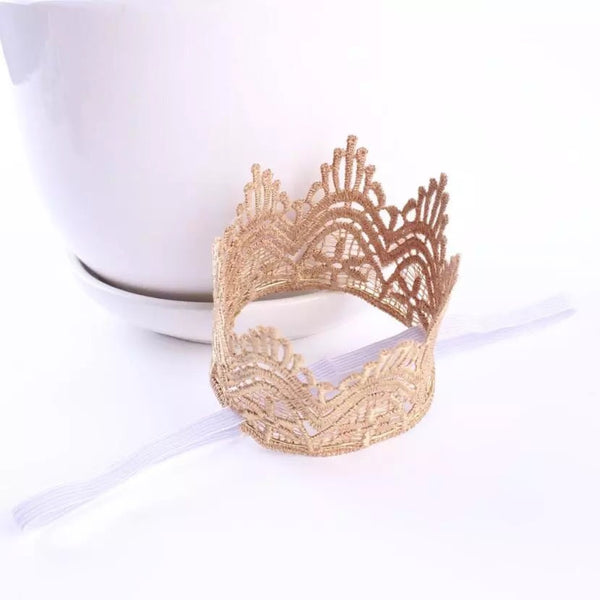 Mini gold lace crown.