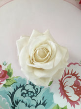 Load image into Gallery viewer, Beautiful vintage inspired  velvet single rose clips - various colours