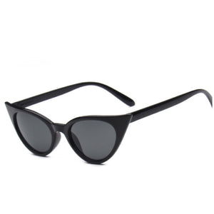 Black cats eye sunglasses pointy tips