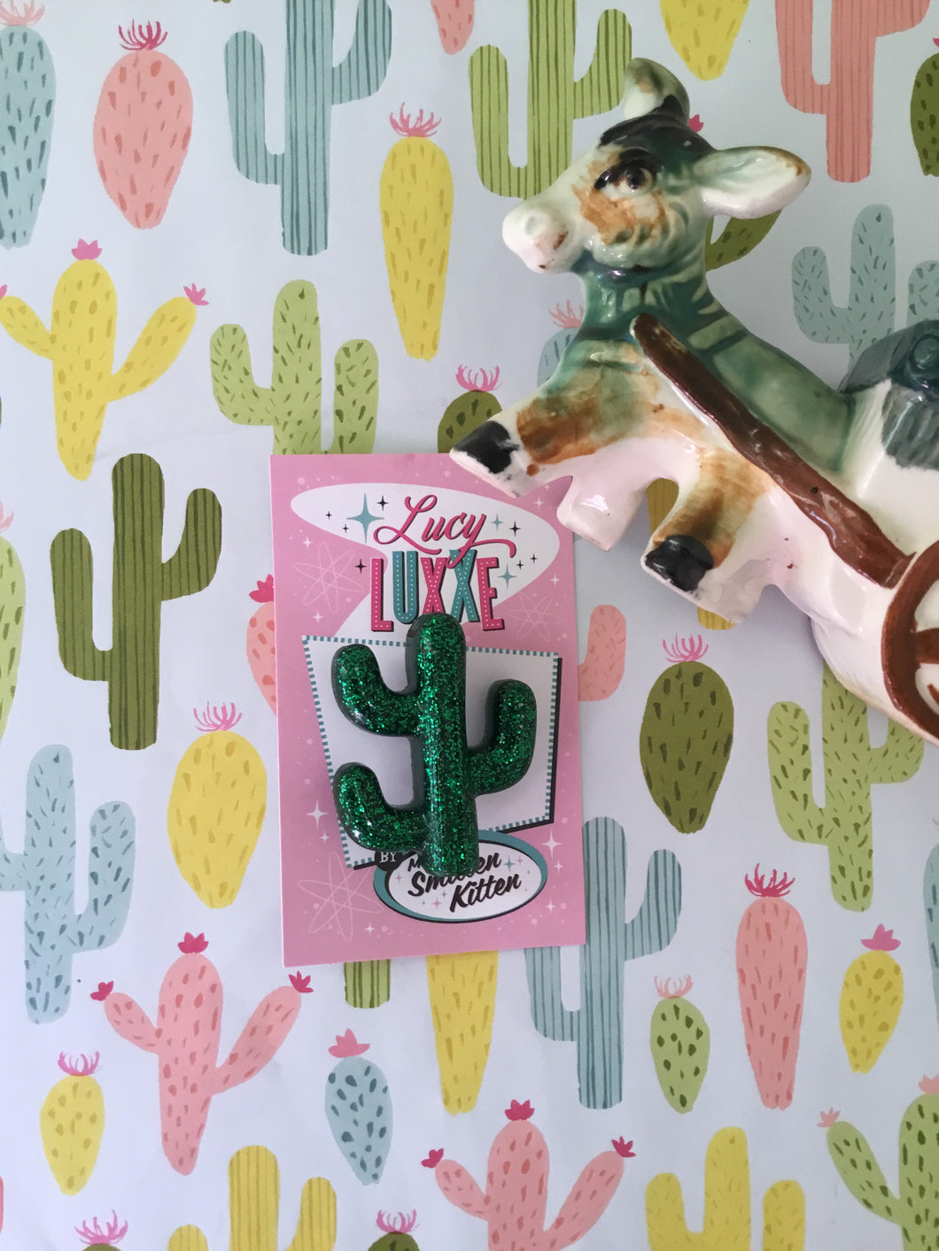 SOUTH OF THE BORDER - cactus 🌵brooch - green glitter