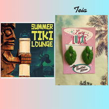 Load image into Gallery viewer, TEIA - tiki lounge earrings - Lime green glitter