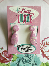 Load image into Gallery viewer, BREE - confetti lucite earrings - lilac