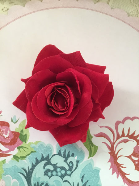 Beautiful vintage inspired  single rose clips ... various colours