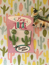 Load image into Gallery viewer, SOUTH OF THE BORDER - cactus 🌵earrings - green / gold