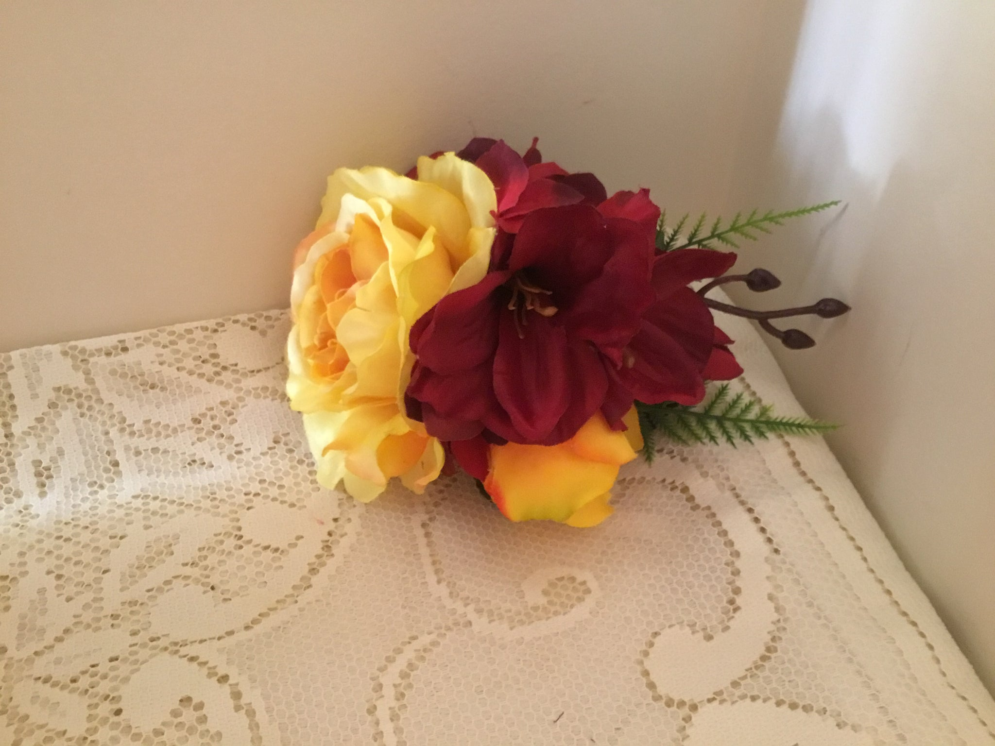 KATIE.. large vintage inspired cluster hairflower .. yellow and red