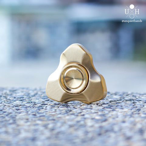 BRASS ATRIUM SPINNER (SLOTLESS) - UQH ORIGINAL