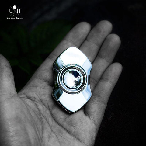 Arcade mirror spinner Unquiet Hands