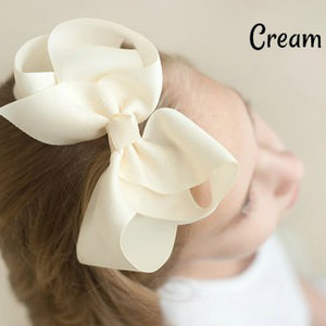 Hair Bow in Cream