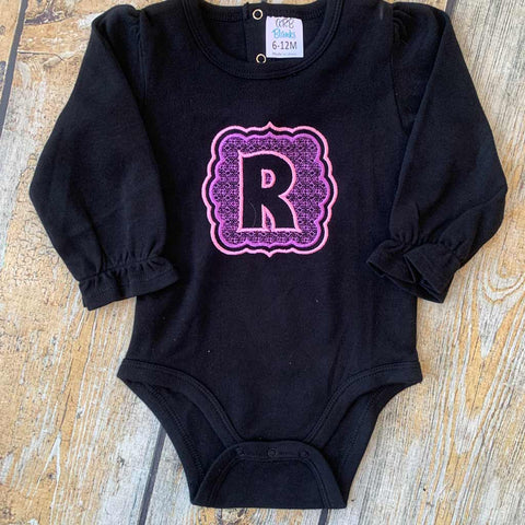 Applique Scallop Edge Square with Initial Baby Bodysuit