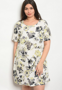 IVORY FLORAL PLUS SIZE DRESS