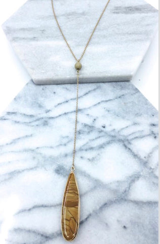 Black/Brown Pendant Necklace