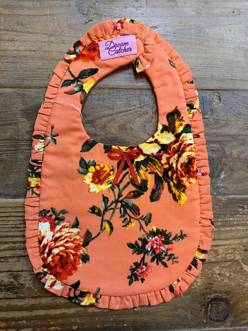 DREAMCATCHER RUFFLE BIB (SUMMER PEACH)