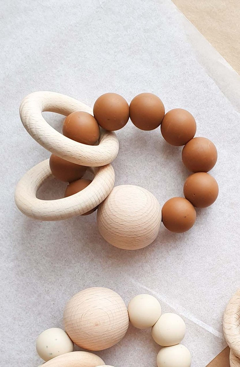Dove & Dovelet Saturn Teether - Speckled Clay