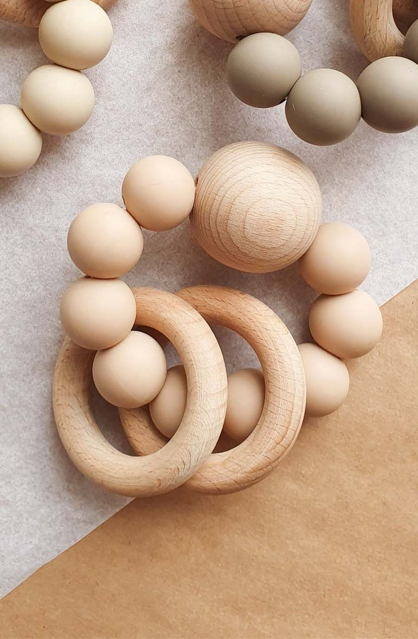 Dove & Dovelet Saturn Teether - Nude