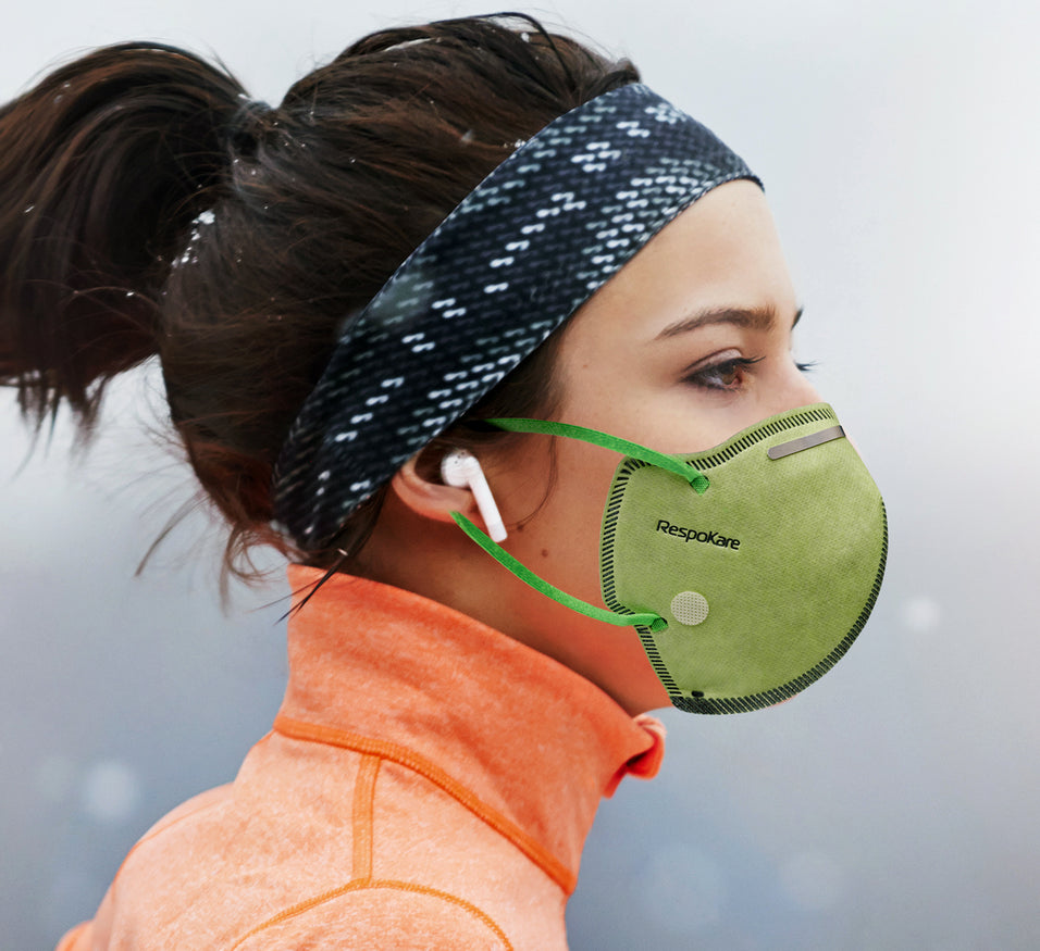 RK Respokare Anti-Pollution is the first and only mask that neutralises toxic gases like NO2, SO2 and O3 and filters PM2.5 at the same time.