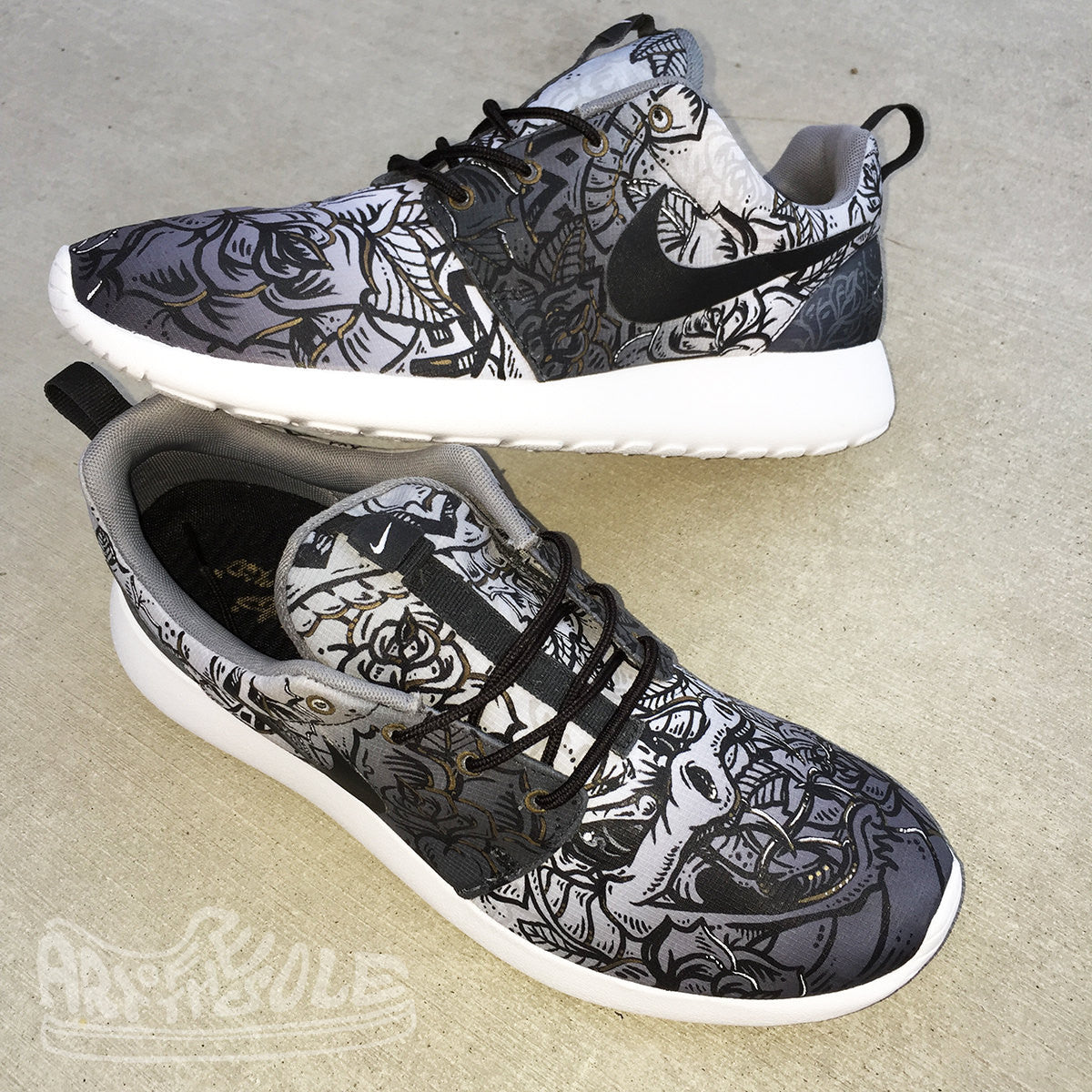 Custom Hand Painted NIKE Roshe One Shoes