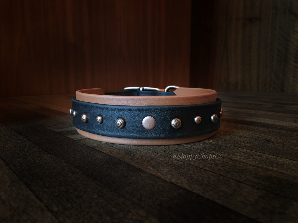 The Taos Buckle Collar