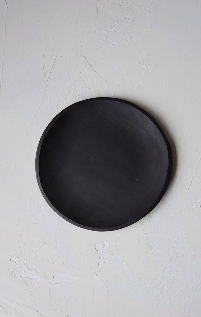 8.5 inch Orb Plate in Black