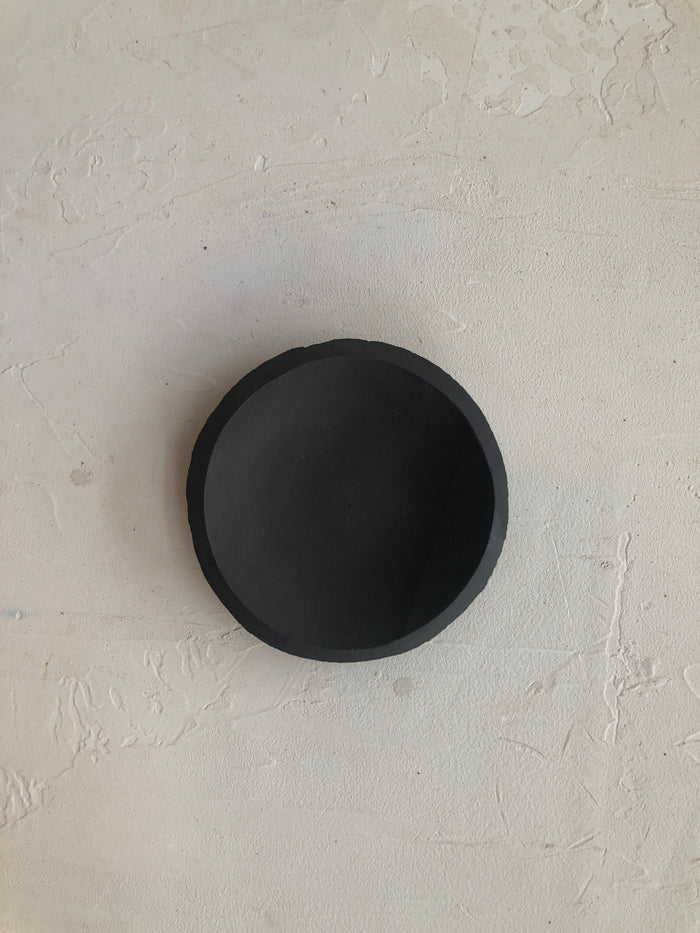 4.5 inch Orb Plate in Black