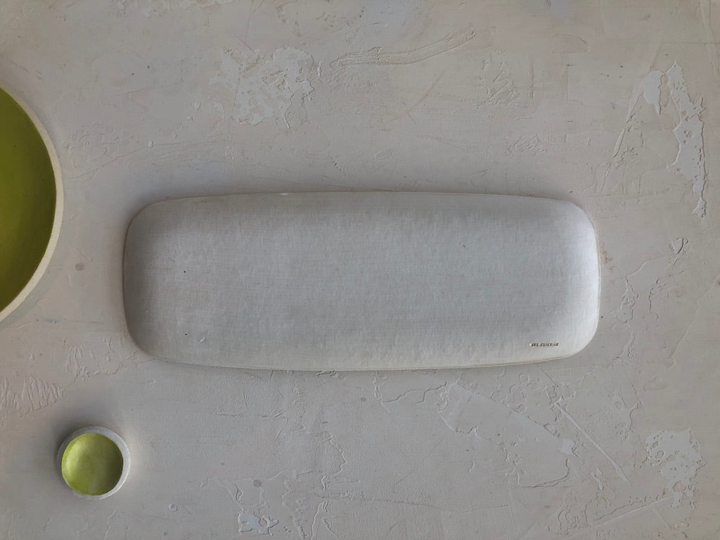 Elongated Serving Platter in Citron