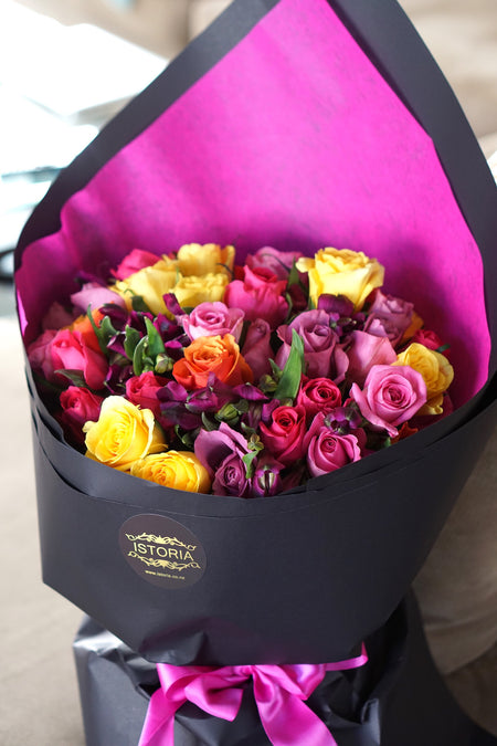 Rainbow roses (inc. Vase) | Rose Bouquet