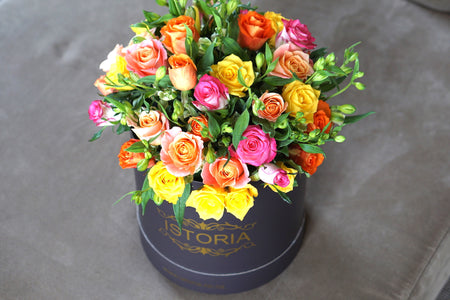 "Gold roses  ""Magnificent"" - available in different colours"